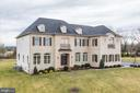 Welcome home! - 38261 VALLEY RIDGE PL, HAMILTON