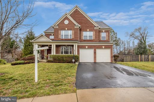 1671 GEORGES KNOLL CT
