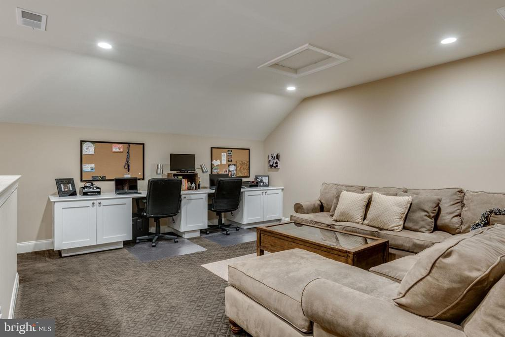 Upper loft area - 44629 GRANITE RUN TER, ASHBURN