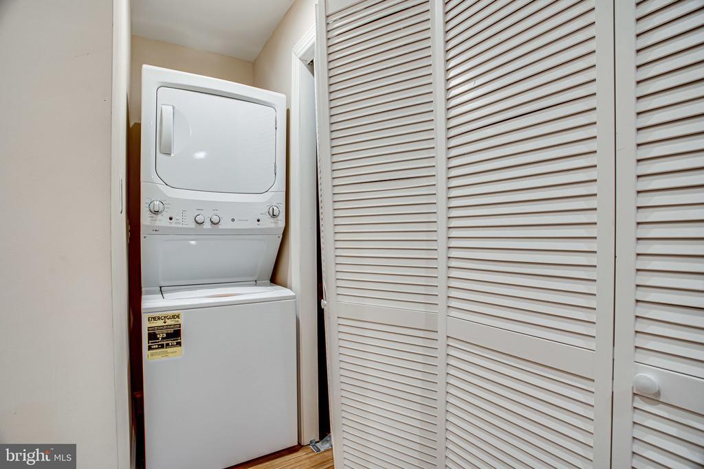 Additional Laundry - 12249 MCDONALD CHAPEL DR, GAITHERSBURG