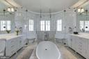 Master Bath - 9005 CONGRESSIONAL CT, POTOMAC