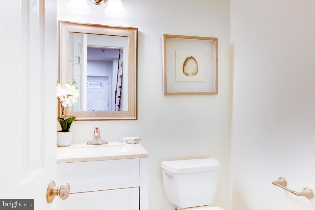 Main level half bath - 2626 4TH ST NE, WASHINGTON