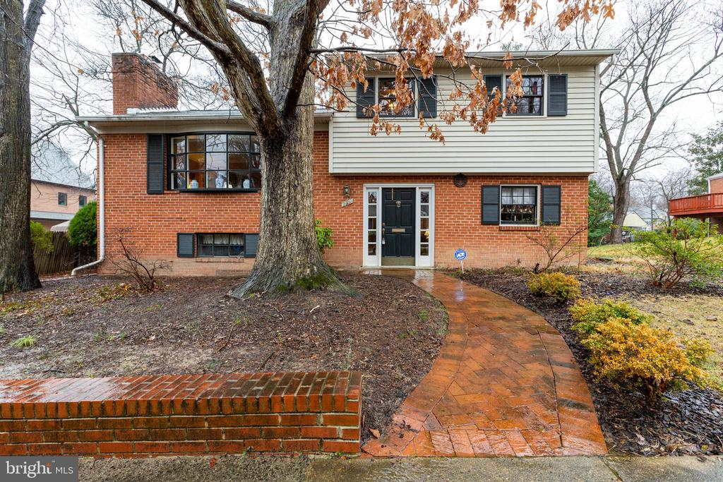 MLS VAAR158972 in NORTH ARLINGTON