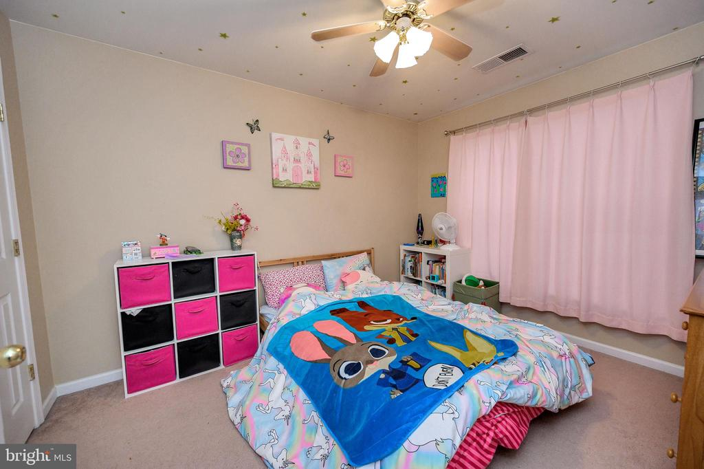 Bedroom 3 - 100 HOLMES ST, STAFFORD