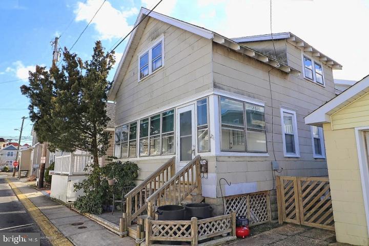 Single Family Homes vì Bán tại Seaside Heights, New Jersey 08751 Hoa Kỳ