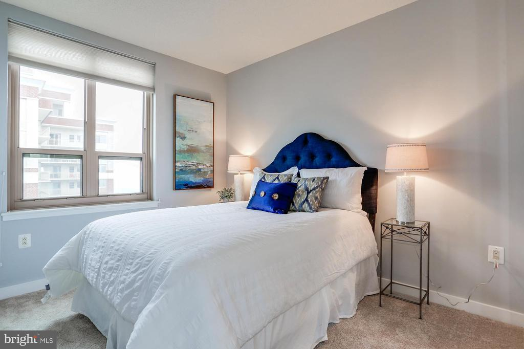 Second bedroom - 888 N QUINCY ST #1701, ARLINGTON