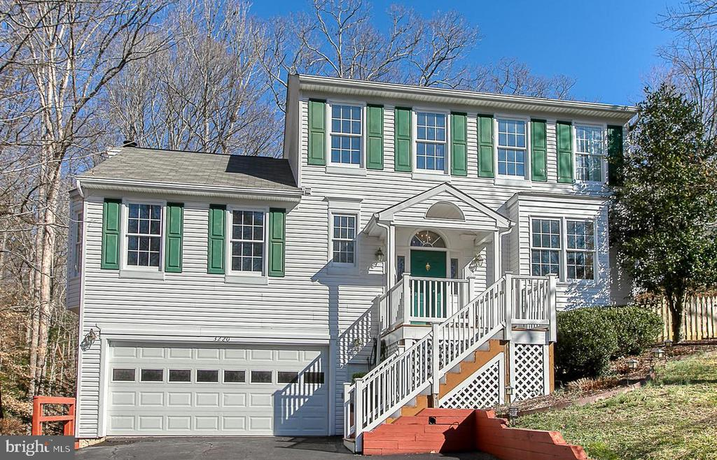 Welcome Home! - 3220 TITANIC DR, STAFFORD