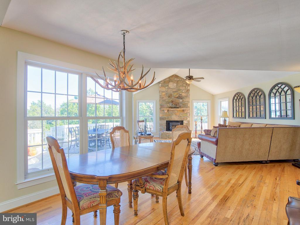 Views from every window! - 17244 RAVEN ROCKS RD, BLUEMONT