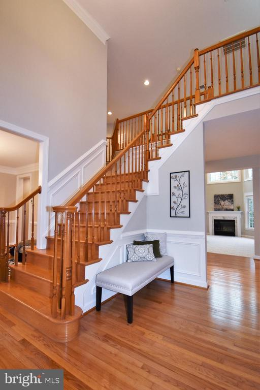 Welcome! Step inside your home. - 1590 MONTMORENCY DR, VIENNA