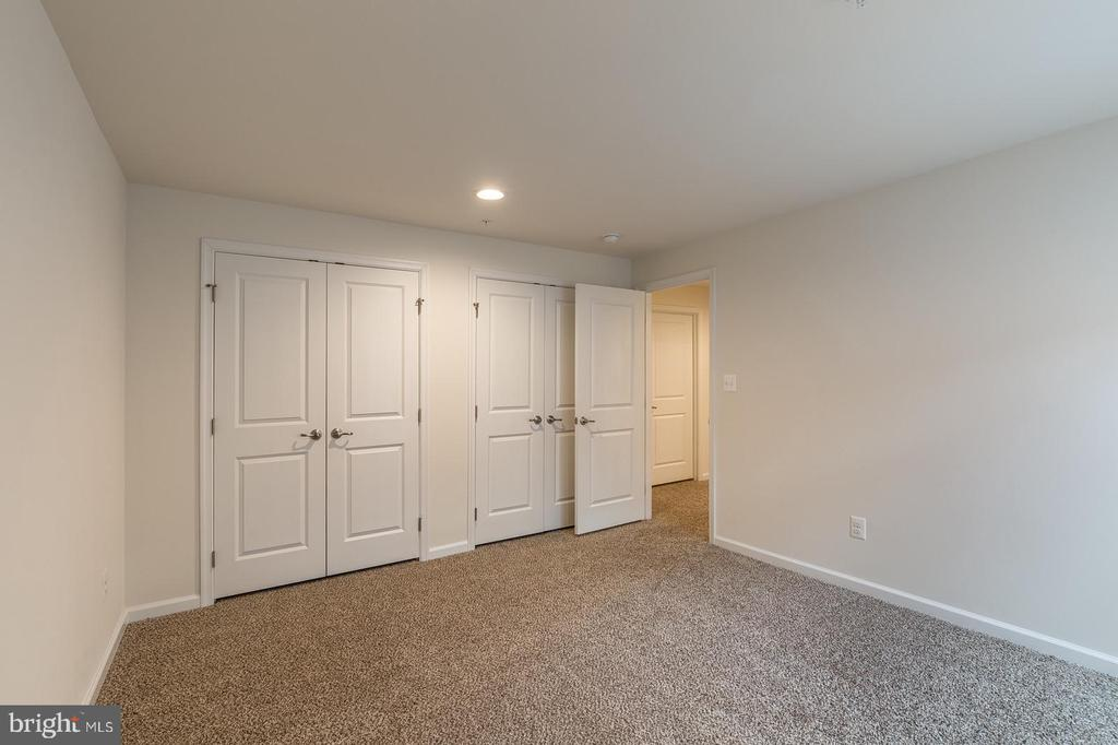 Dual closets! - 17156 BELLE ISLE DR, DUMFRIES