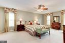 Spacious Master Bedroom with Walk in Closet - 13940 SHALESTONE DR, CLIFTON