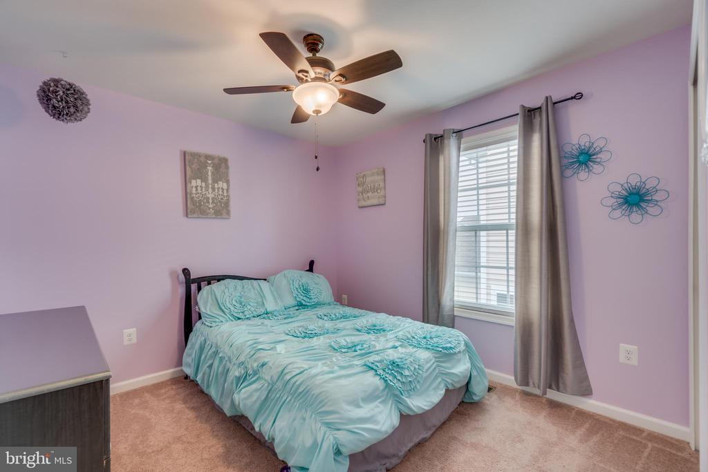 Bedroom 2 - 137 GARDENIA DR, STAFFORD