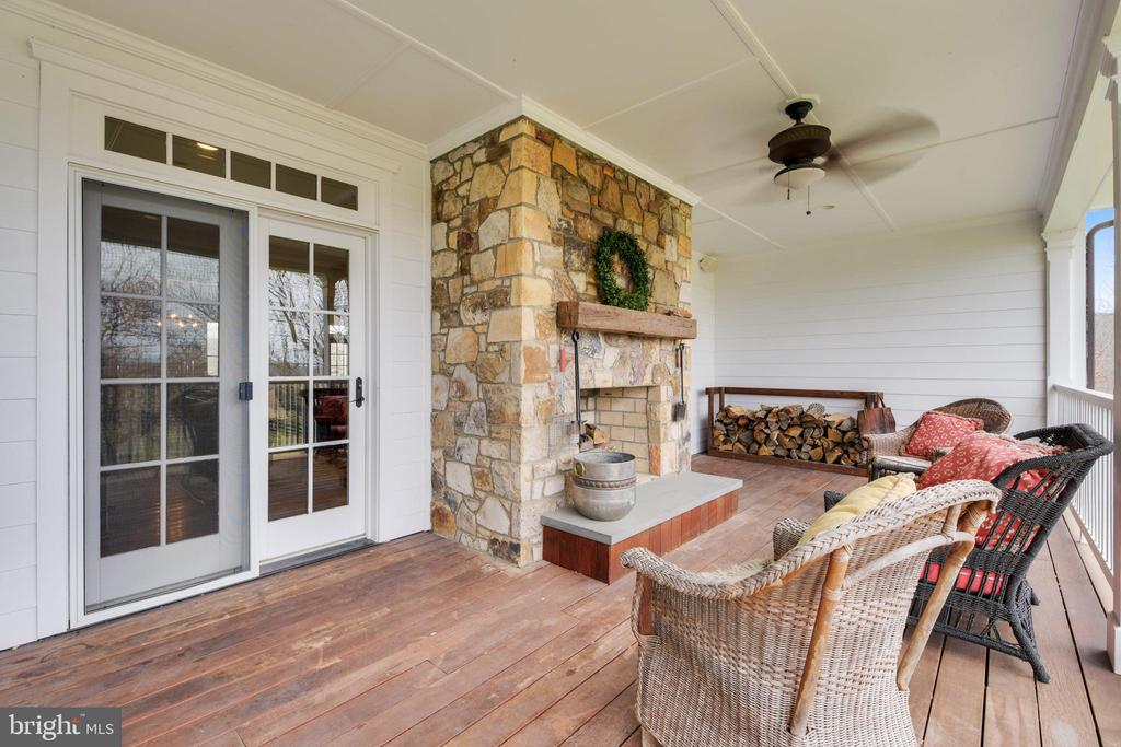 Alternate View of Porch - 15730 OLD WATERFORD RD, PAEONIAN SPRINGS