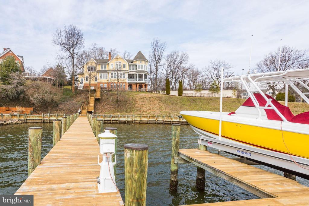 pier and boat lift - 203 CAPE SAINT JOHN RD, ANNAPOLIS