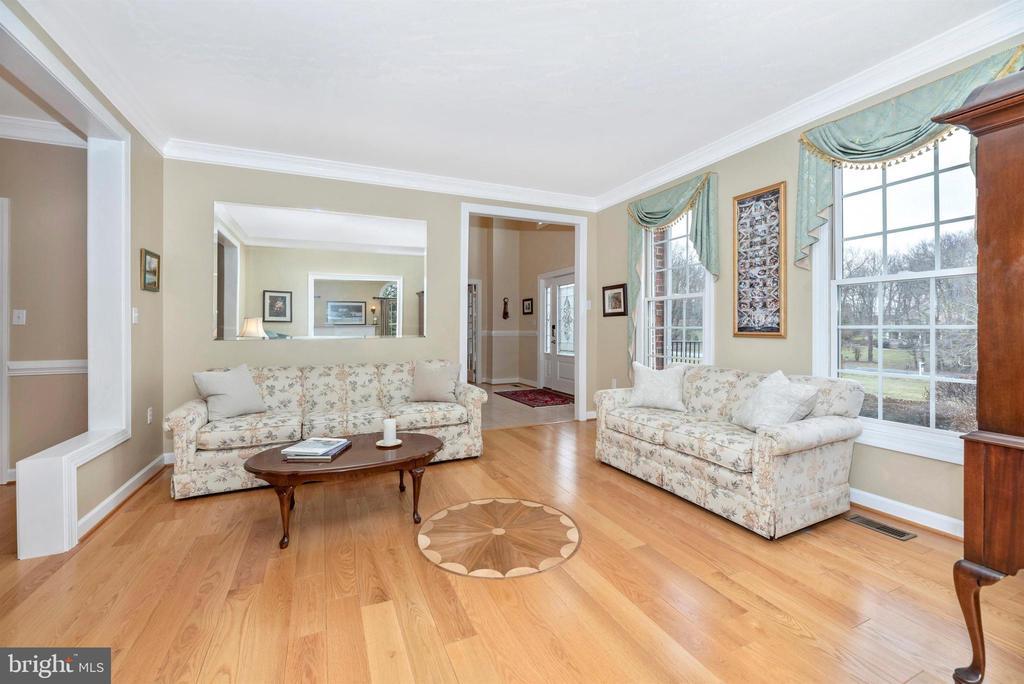 Gleaming Hardwood Flooring - 5221 MUIRFIELD DR, IJAMSVILLE