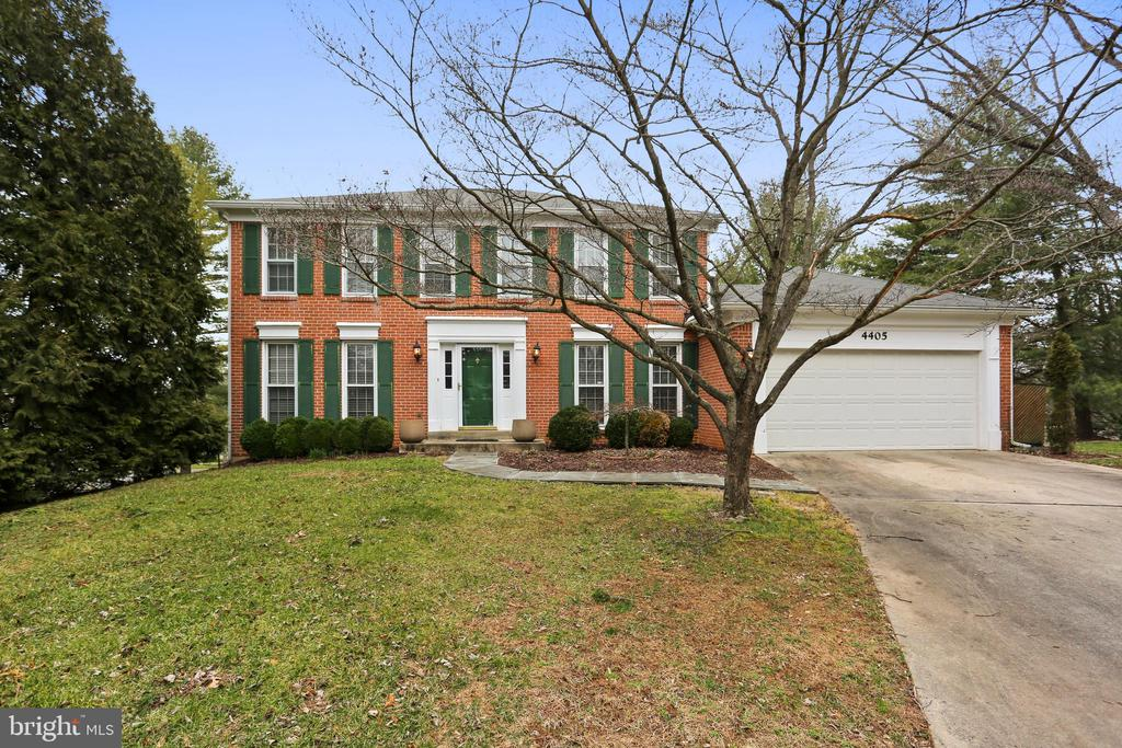 Welcome Home! - 4405 CLIFTON SPRING CT, OLNEY