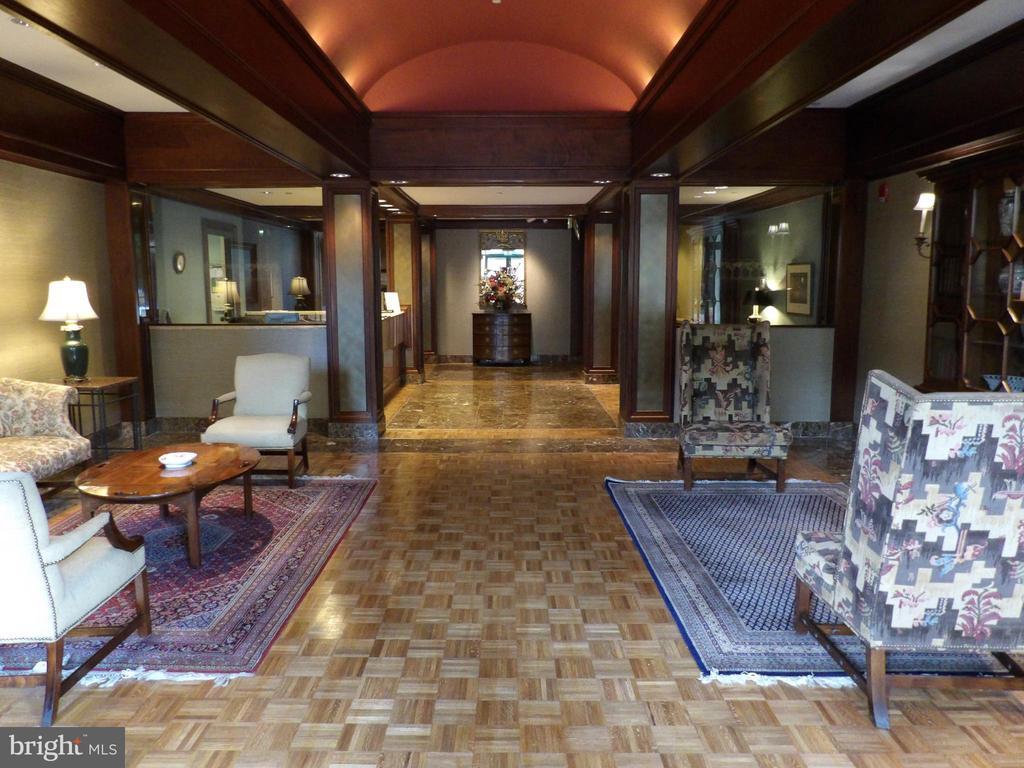 Welcoming Lobby - 3801 CANTERBURY RD #514, BALTIMORE