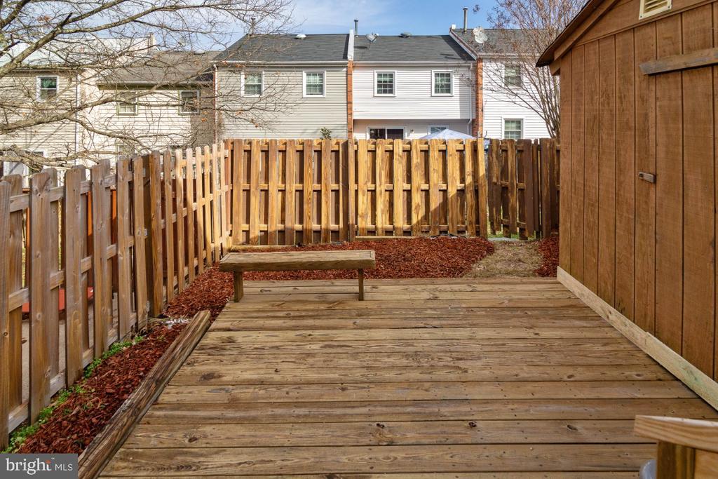 Fenced Backyard with Storage - 2027 MAYFLOWER DR, WOODBRIDGE