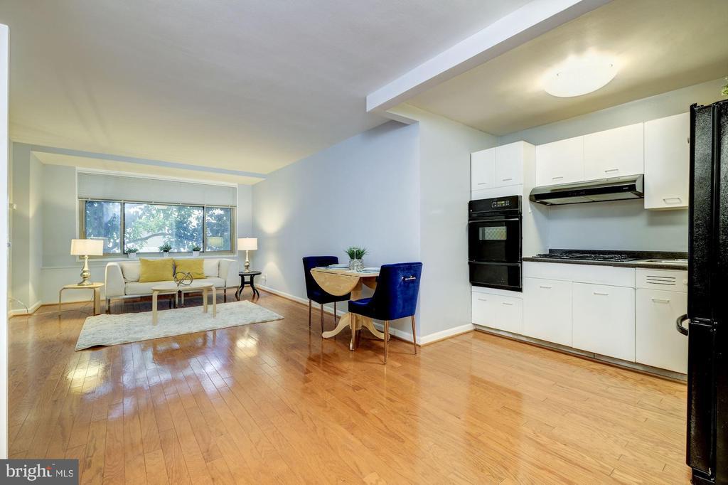 Living/Dining Room - 2401 H ST NW #307, WASHINGTON