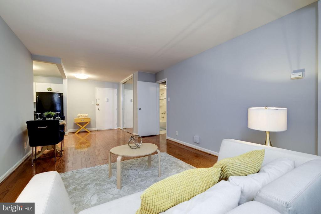 Apartment Interior - 2401 H ST NW #307, WASHINGTON