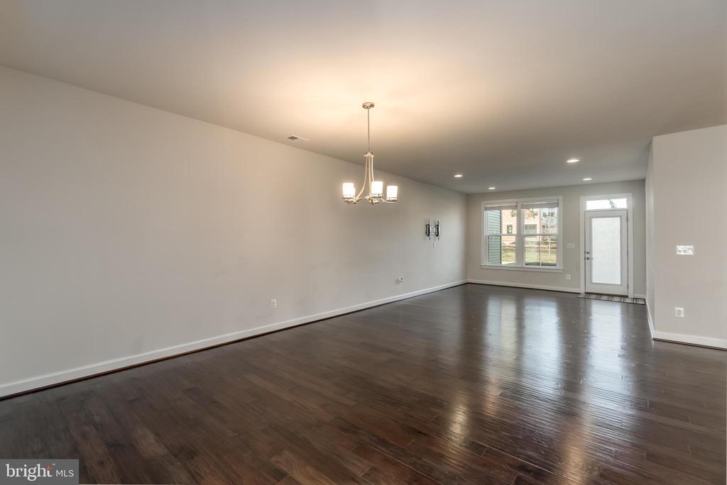 Separate Dining Room - 43358 SOUTHLAND ST, ASHBURN