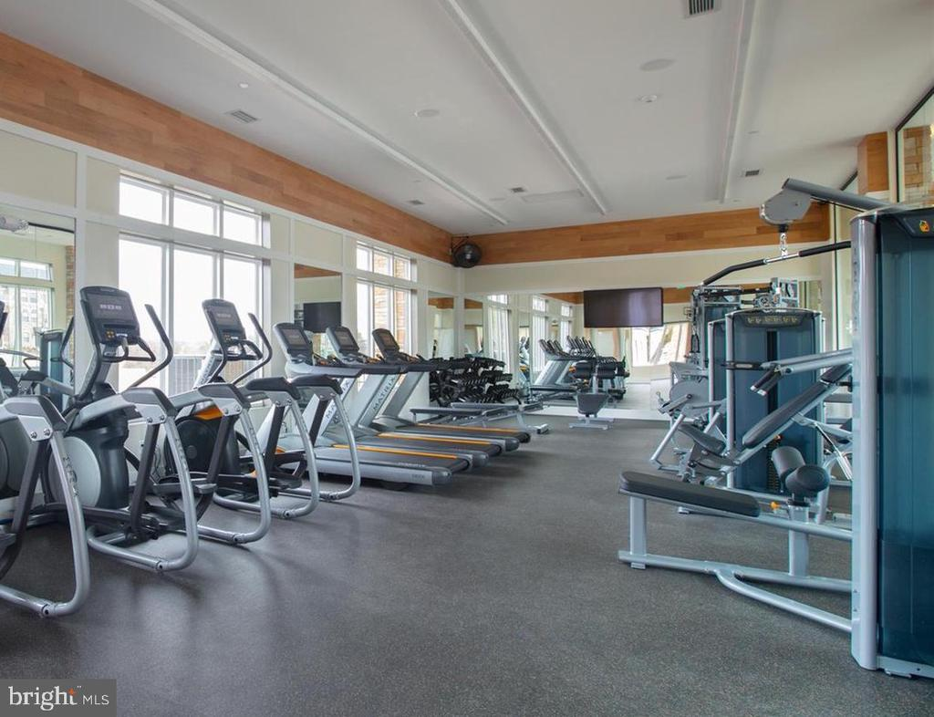 Gym at Westmoore - 43358 SOUTHLAND ST, ASHBURN
