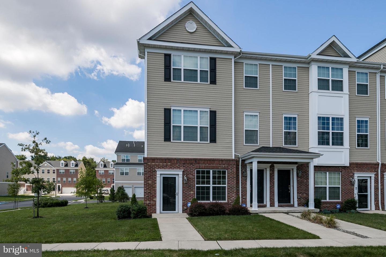 Single Family Homes för Försäljning vid florens, New Jersey 08518 Förenta staterna