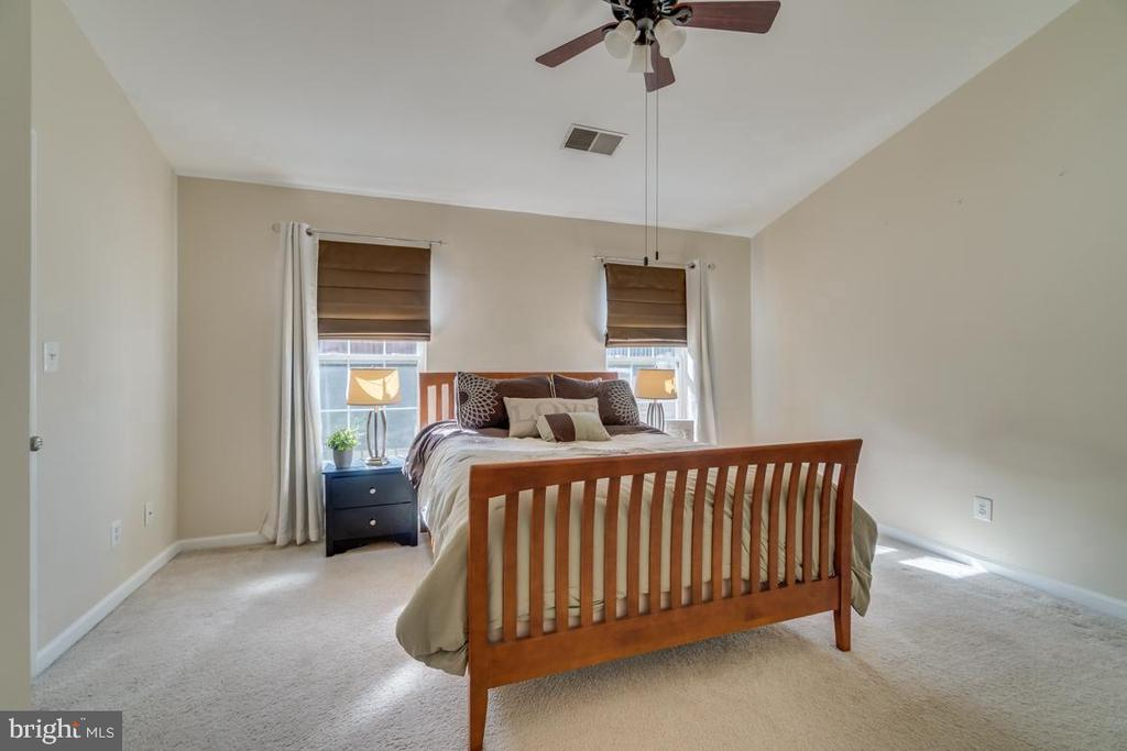 Master Bedroom - 2573 SYLVAN MOOR LN, WOODBRIDGE