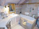 Full Bathroom for Bedroom #4 and/or loft - 11713 WAYNE LN, BUMPASS