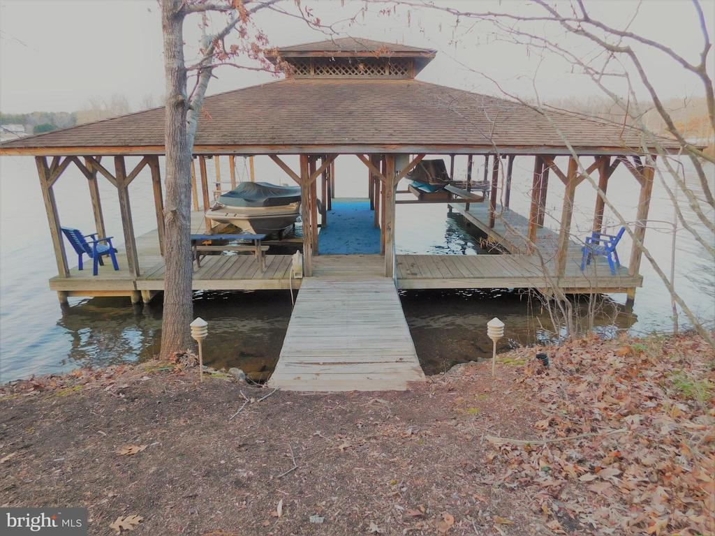 Main Boathouse - 11713 WAYNE LN, BUMPASS