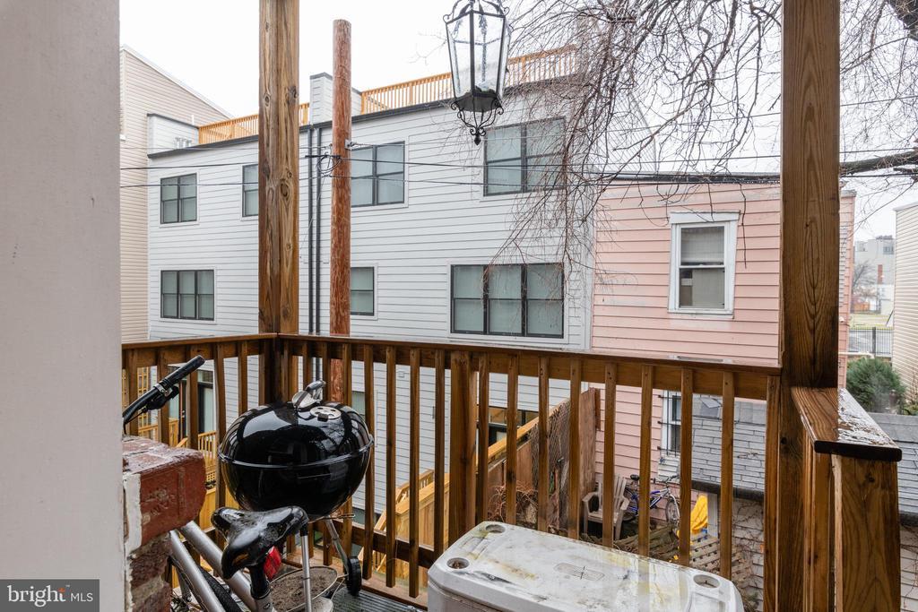 Unit 2: Balcony - 725 HOBART PL NW, WASHINGTON