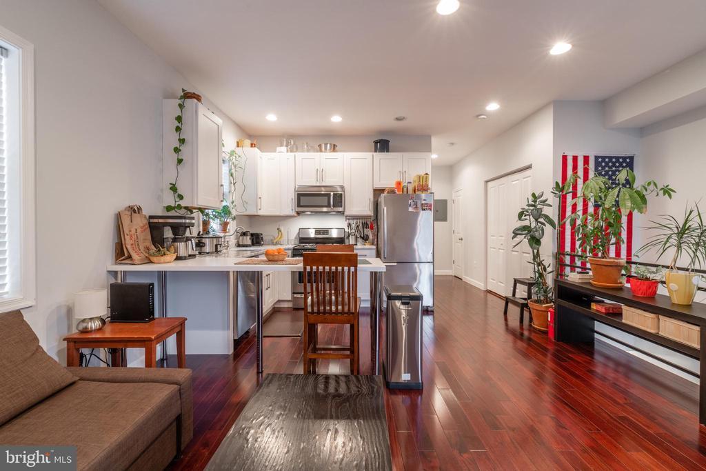 Unit 3: Kitchen/Living Room - 725 HOBART PL NW, WASHINGTON