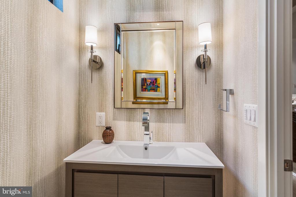 Powder Bathroom - 2125 14TH ST NW #301W, WASHINGTON