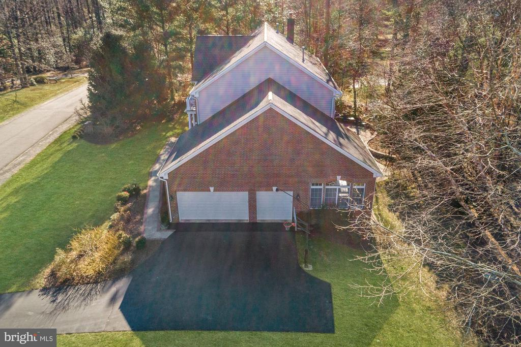 Large Driveway for Additional Parking - 12184 HICKORY KNOLL PL, FAIRFAX