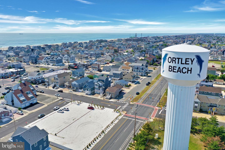 Single Family Homes pour l Vente à Seaside Heights, New Jersey 08751 États-Unis