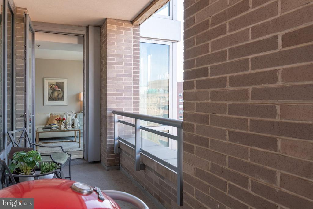 PRIVATE BALCONY - 1111 23RD ST NW #PH1G, WASHINGTON