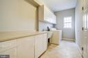Main Level Laundry - 5637 ASSATEAGUE PL, MANASSAS