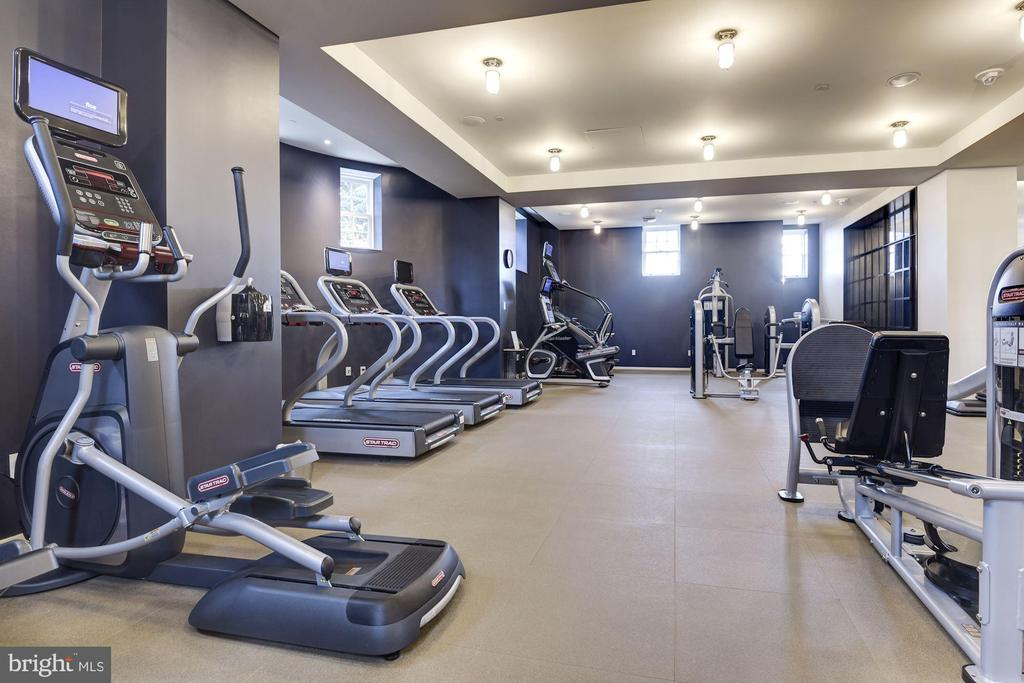 Remarkable Fitness Center - 2660 CONNECTICUT AVE NW #5C, WASHINGTON