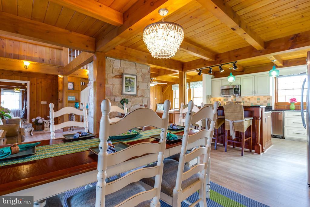 Beautiful Chandelier in Dining Area - 15798 LANCASTER FARM RD, NEWBURG
