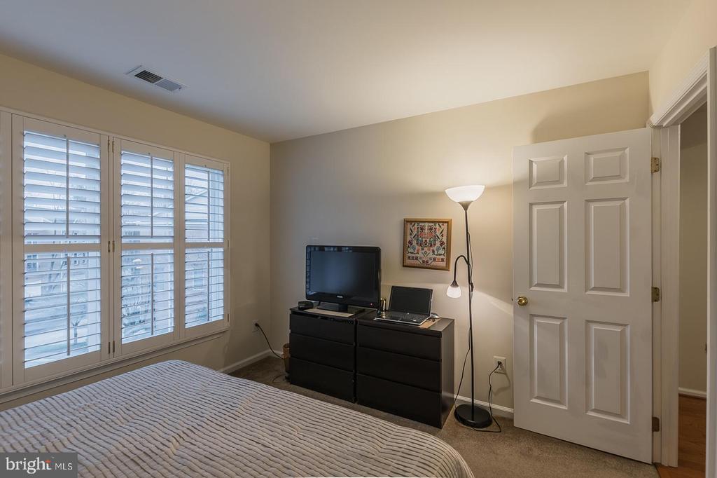 Third bedroom - 11485 WATERHAVEN CT, RESTON