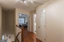 upper level hallway - 11485 WATERHAVEN CT, RESTON