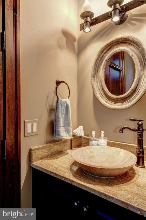 Informal Powder Room - 8001 OVERHILL RD, BETHESDA
