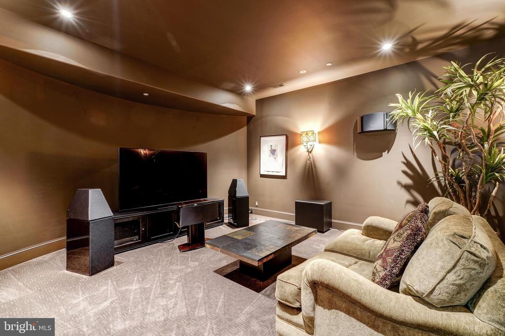 Media Room - 8001 OVERHILL RD, BETHESDA