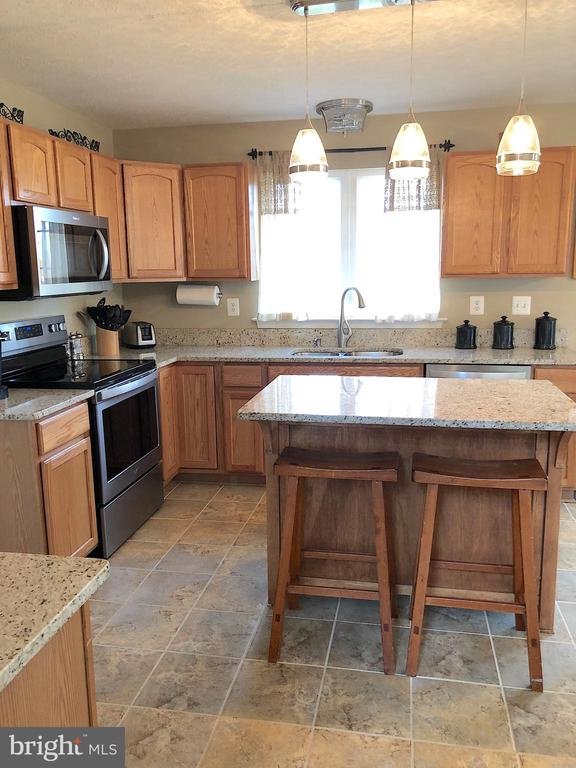 Kitchen with newer Granite, SS, Sink and Faucet - 6831 BUCK LN, FREDERICKSBURG