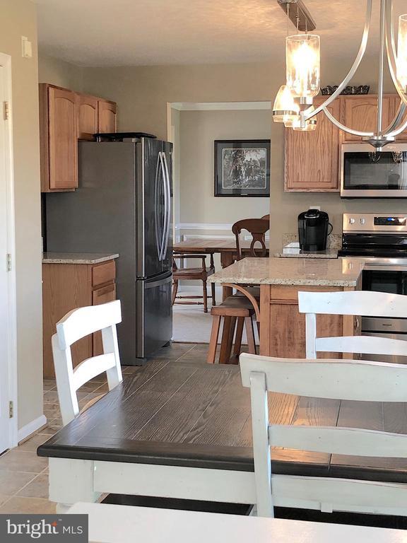 Updated Appliances include SS French Door Fridge - 6831 BUCK LN, FREDERICKSBURG