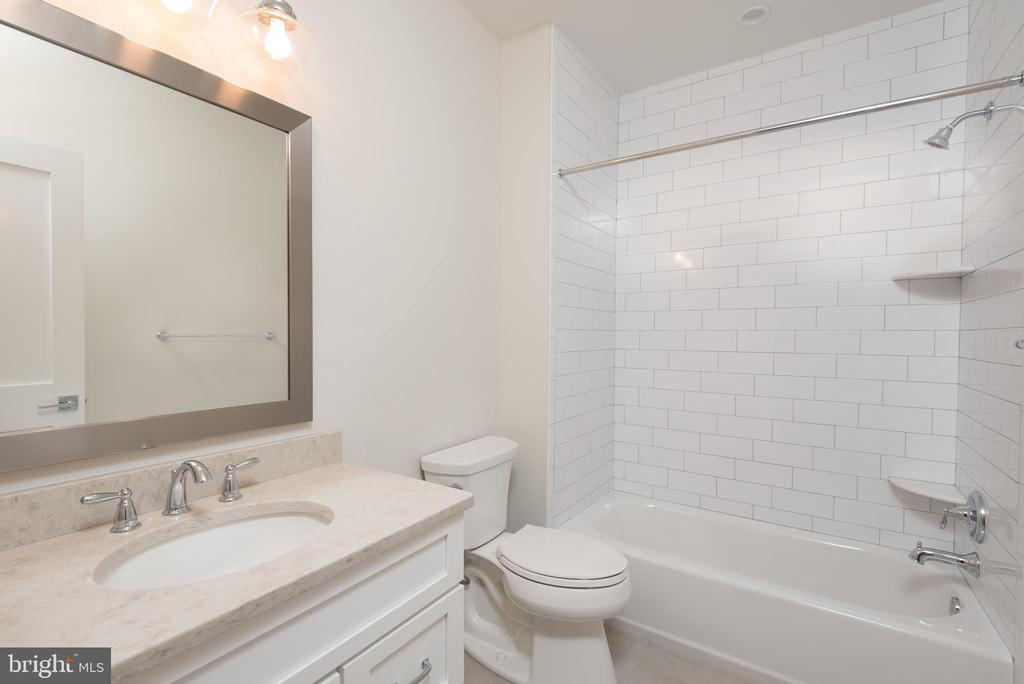 Bathroom 4 on lower level - 5204 SARATOGA AVE, CHEVY CHASE