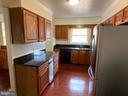 Kitchen - 4335 SHIRLEY GATE RD, FAIRFAX