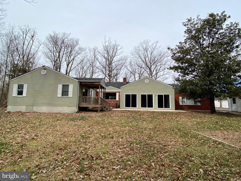Back of house - 4335 SHIRLEY GATE RD, FAIRFAX