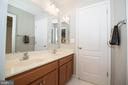 Bathroom Servicing Bedrooms #2 and #3 - 42011 ZIRCON DR, ALDIE