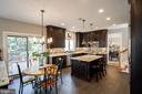 Gourmet Kitchen & Breakfast Area w/Access to Deck - 17716 CRICKET HILL DR, GERMANTOWN